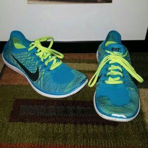 RARE Nike Free Flyknit Size 10